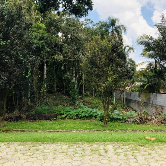 Localizado no Km39 da Raposo Tavares